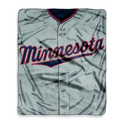 MLB Minnesota Twins Retro Raschel Throw Blanket