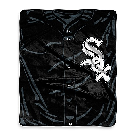MLB Chicago White Sox Retro Raschel Throw Blanket