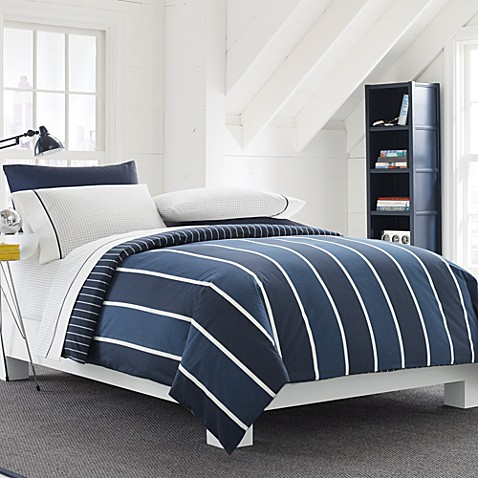 Nautica® Knot's Bay Reversible King Comforter Set in Blue