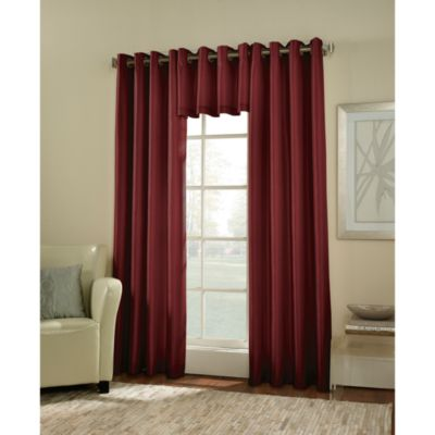 Argentina Room Darkening 84-Inch Grommet Window Curtain Panel in Crimson