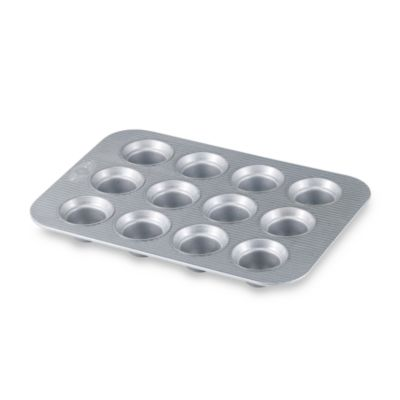 USA Pan Nonstick 12-Cup Crown Muffin Pan
