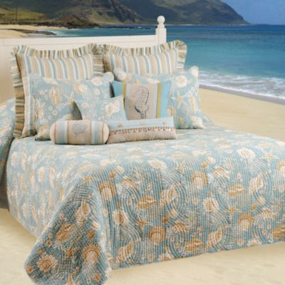 Natural Shells Queen Bedspread