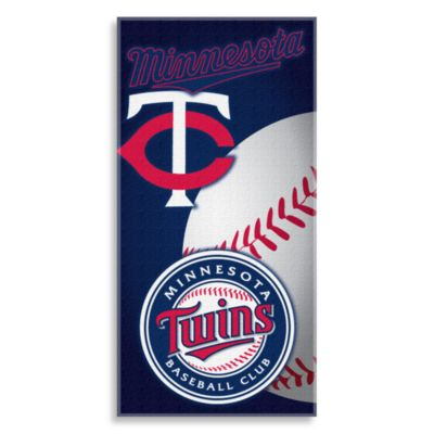MLB Minnesota Twins 30-Inch x 60-Inch Beach Towel