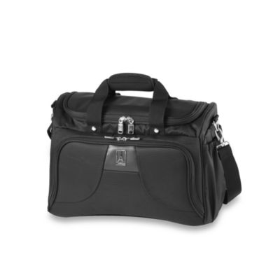 Travelpro® Walkabout® Lite 4 Deluxe Tote in Black