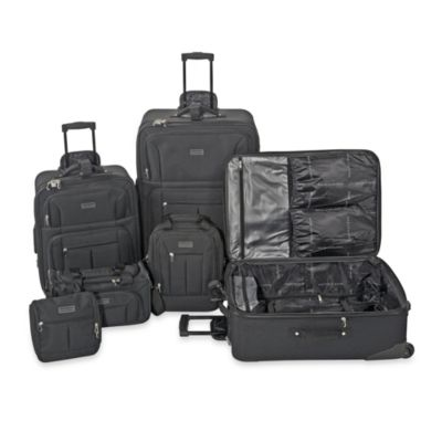 Geoffrey Beene Luggage Set