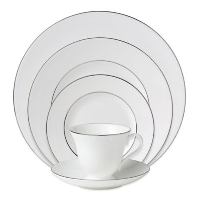 Wedgwood® Signet Platinum 5-Piece Place Setting