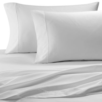 Easy-Care Solid King Sheet Set in White