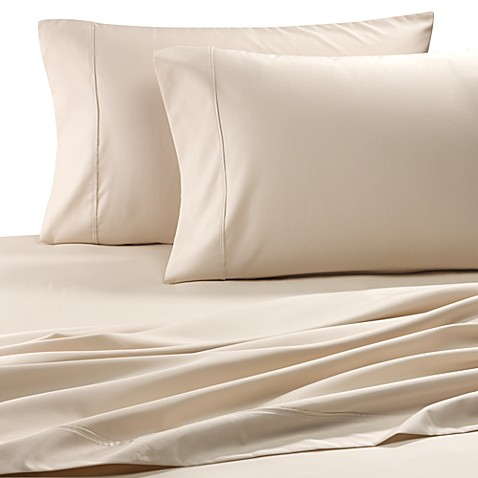 Easy-Care Solid Queen Sheet Set in Ivory