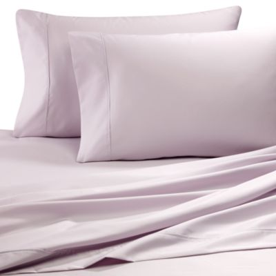 Easy-Care Solid Queen Sheet Set in Lilac