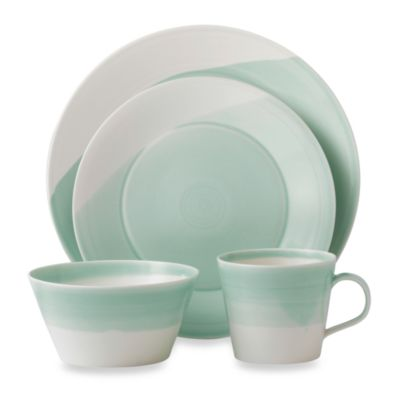 Royal Doulton® 1815 16-Piece Dinner Set in Green