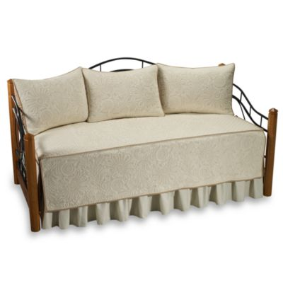 Vallejo 100% Cotton Quilted Daybed Set in Ivory