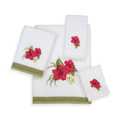 Avanti Hibiscus Fingertip Towel in White