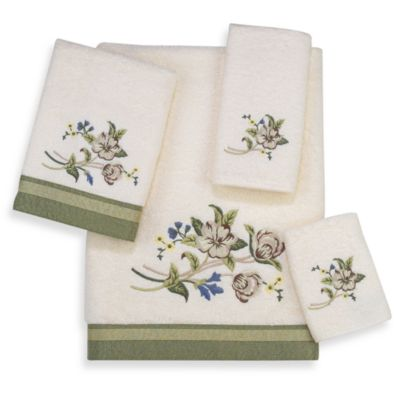 Avanti Premier Nature's Garden Fingertip Towel in Ivory