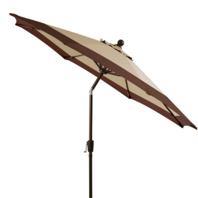 9-Foot Diameter Outdoor Umbrella with Aluminum Frame in Stripe