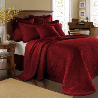 King Charles Matelasse Queen Bedspread in Scarlet