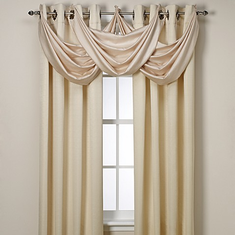 how to get grommet drapes to hang in pleats