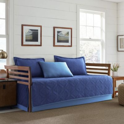 Eddie Bauer® Axis Daybed Set