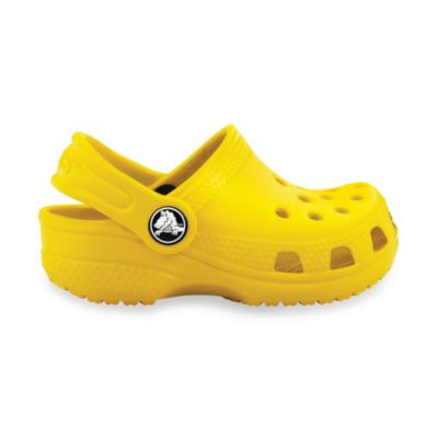 Crocs™ Kids-Foot Classic in Pink Lemon in Size 2-3