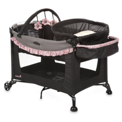 The Safety 1st® Travel Ease Play Yard in Eiffel Rose