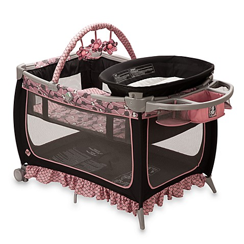 Safety 1st® Prelude Sport Play Yard Vintage Romance