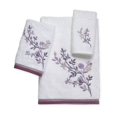 Avanti Premier Whisper Washcloth in White