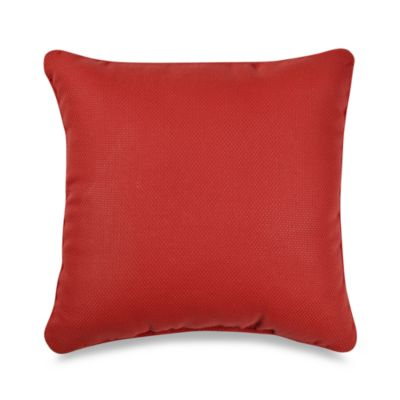 Outdoor 17-Inch Welt Cord Pillow in Cherry