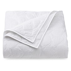DVF Studio™ Scattered Stones Quilt - White