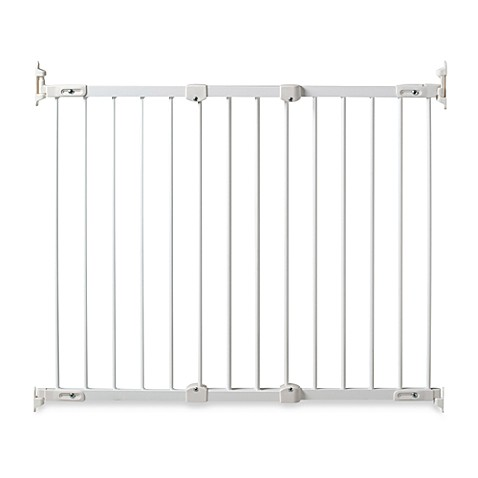 KidCo® Angle Mount Safeway® Gate in White