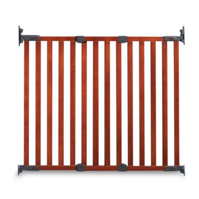 KidCo® Angle Mount Wood Safeway® Gate