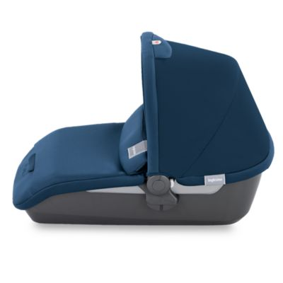 Avio Bassinet in Navy Blue