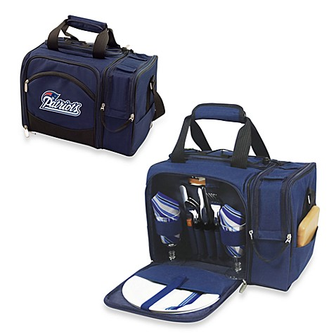 Picnic Time® Malibu Insulated Cooler/Picnic Basket in New England Patriots