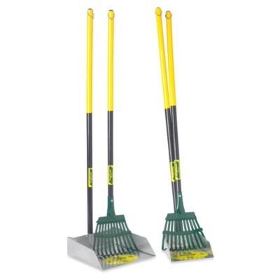 Flexrake® Large Dog Scoop & Rake Set with 3-Foot Wood Handle