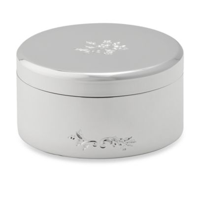 Vera Wang Wedgwood® Vera Lace Bouquet Covered Round Box