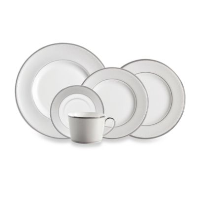Monique Lhuillier Waterford® Pointe d'esprit 5-Piece Place Setting