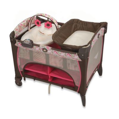 Pack N Plays > Graco® Pack 'n Play® Playard with Newborn Napper® Station Jacqueline™