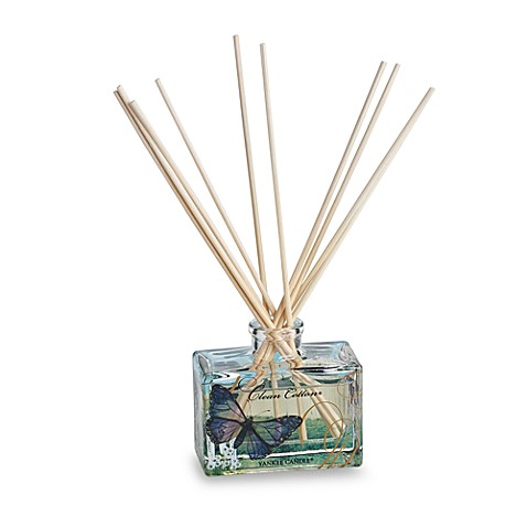Yankee Candle® Flowery Fragrances Signature Mini Reed Diffuser in Clean Cotton®