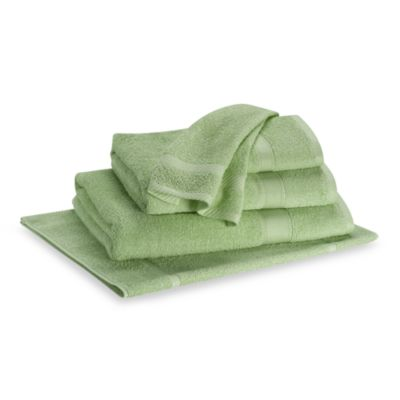 Lasting Color Hand Towel in Green