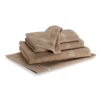 Lasting Color Bath Towel in Linen