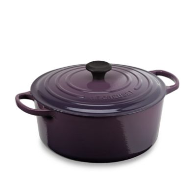 Le Creuset® 7.25-Quart Signature Round French Oven in Cassis