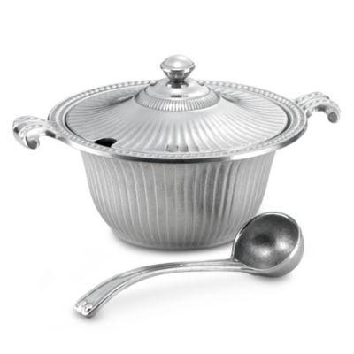 Wilton Armetale® Flutes and Pearls 2 1/2-Quart Soup Tureen
