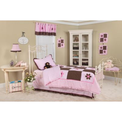 Pam Grace Creations Pam's Petals Twin Bedding Set