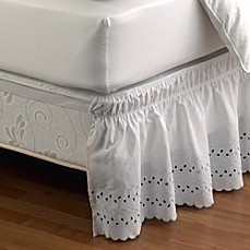 Ruffled eyelet bed skirt bed bath beyond for Cubre canape zara home
