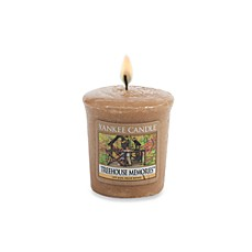 Yankee Candle® Housewarmer® Treehouse Memories™ Samplers® Votive Candle