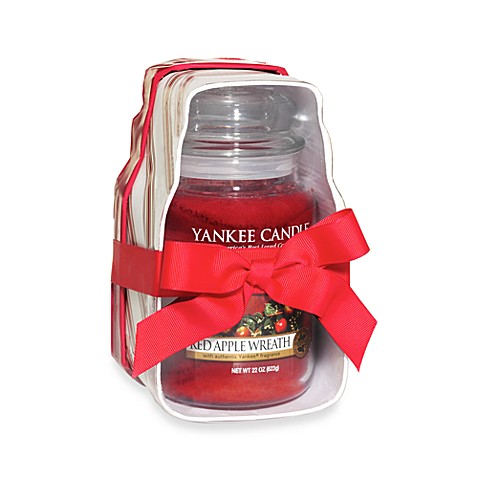 Yankee Candle® Red Apple Wreath Large Jar Nest Gift Set