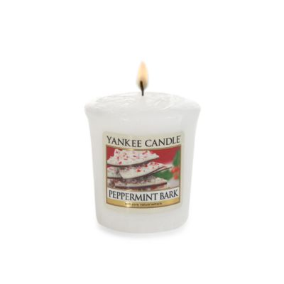 Yankee Candle® Peppermint Bark Sampler® Votive Candle