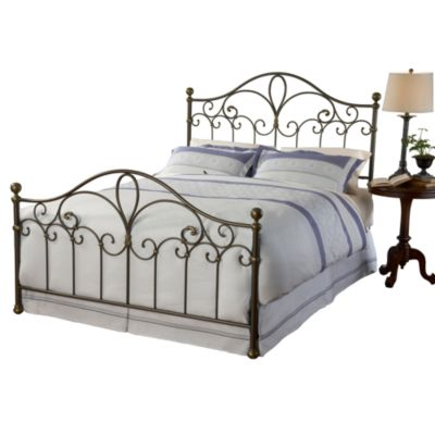 Hillsdale Meade Bed Set with Rails