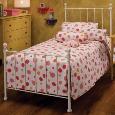 Hillsdale Molly Full Bed Set with Rails in White
