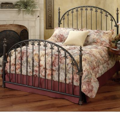 Hillsdale Kirkwell Queen Bed Set with Rails