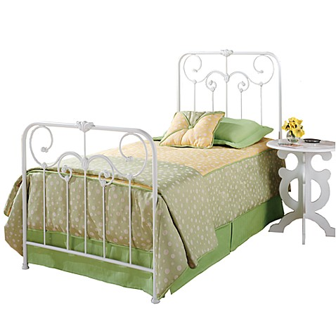Hillsdale Lindsey Complete Bed Set with Rails