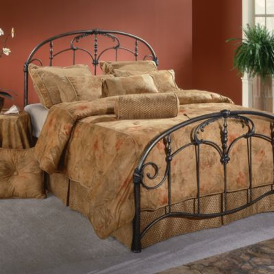 Hillsdale Jacqueline Full Bed Set